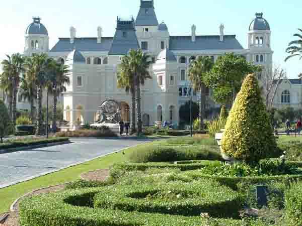 brillance des couleurs comment choisir emballage fort Cape Town Casinos, Grand West, Mykanos, Caledon